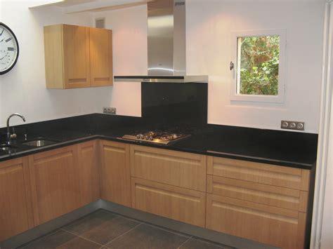 cuisine chene clair plan travail noir cuisine chene clair plan travail noir cuisine