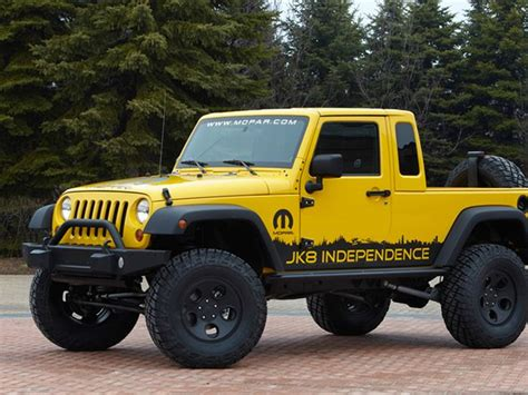 jeep moab truck jeep 39 s moab moment auto news truck trend