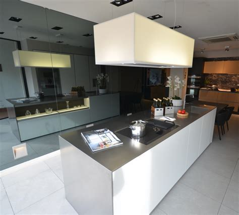 Exdisplay Sale Poggenpohl  Sheen Kitchen Design