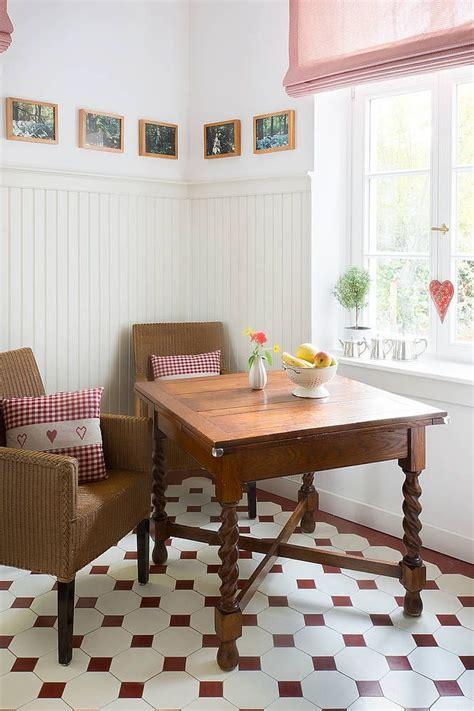 Essecke Küche Wandpaneele Holzpaneele Landhausstil