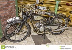Pieces Moto Bmw Allemagne : vagabond de bmw r 23 de moto l 39 allemagne 1938 1940 photo stock ditorial image du arm e ~ Medecine-chirurgie-esthetiques.com Avis de Voitures