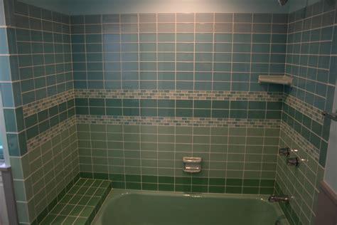 22 Brilliant Glass Floor Tiles Bathroom Eyagcicom
