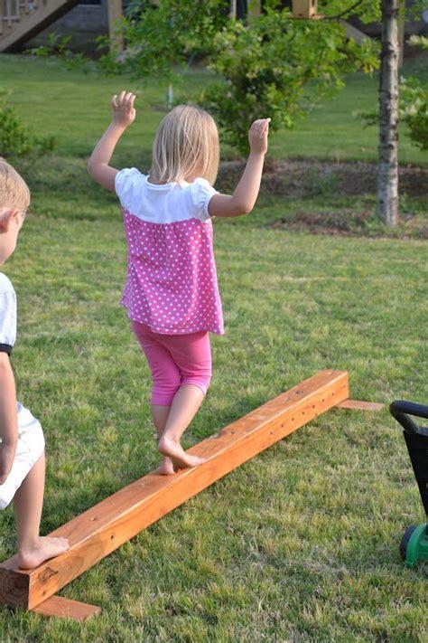 balance beam outdoor play 940 | 7327e0fdeb13b3690b6d5759abed5b45