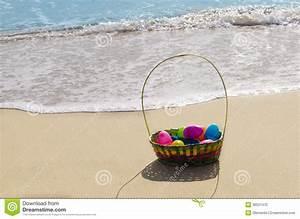 Korb Mit Stern : ostern korb mit eiern auf dem strand stockfoto bild von feier saisonal 36531470 ~ Eleganceandgraceweddings.com Haus und Dekorationen