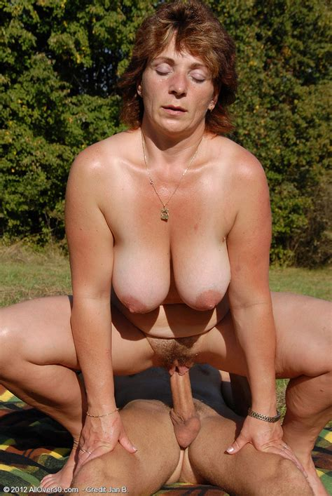 Big It Mature Misti Gets Banged Outdoors Pichunter