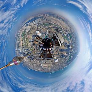 360 Panorama Looking Down at the Burj Khalifa, The World's ...