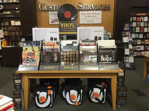 barnes and noble audiobooks barnes and noble is now selling vinyl records