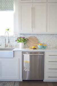 9 simple tips for styling your kitchen counters 775