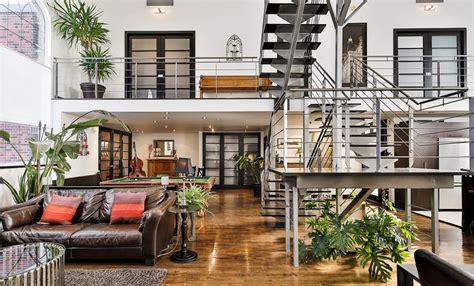 maison a vendre 4 chambres un condo de 3 étages dans une ancienne église se trouve