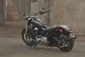 Moto Style Harley : harley davidson softail slim un style r tro et pur objectif moto ~ Medecine-chirurgie-esthetiques.com Avis de Voitures