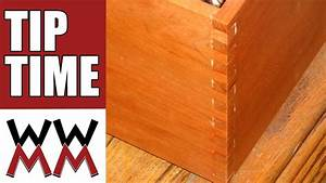 Make a simple woodworking box joint jig - YouTube