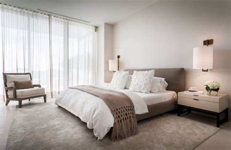 chambre blanche et taupe chambre taupe pour un décor romantique et élégant