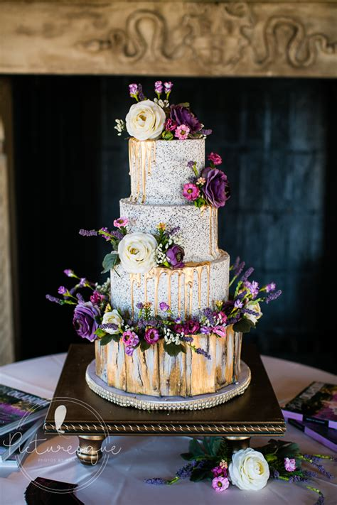 dresseroh  ms lauras cakes