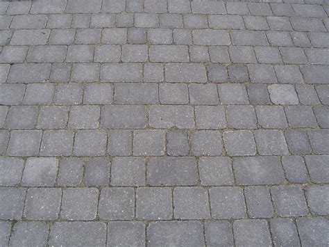stretcher bond paving pattern premierdriveways paving civil engineering and hard landscaping in farnborough paving