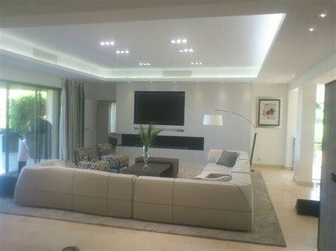 Faux Plafond / Corniche Lumière Indirecte
