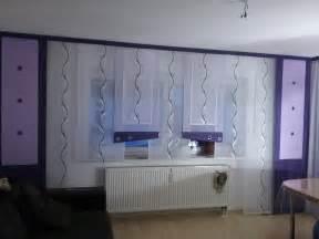 gardinen dekorationsvorschlã ge wohnzimmer funvit wanduhr modern