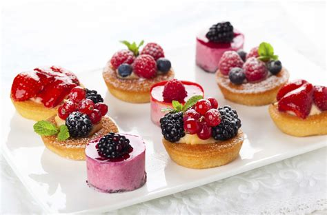 dessert canapes hire a chef