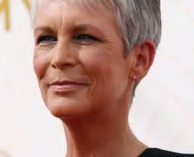 coupe cheveux court femme 40 ans photo coupe courte femme 50 ans cheveux gris holidays oo