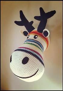 Trophée Mural Peluche : trophee t te de cerf crochet ray la f e kitss pinterest cerfs crochet ~ Teatrodelosmanantiales.com Idées de Décoration