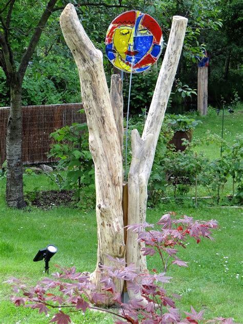 Der Garten Kunst malerei holzskulpturen collagen bilder gartenkunst