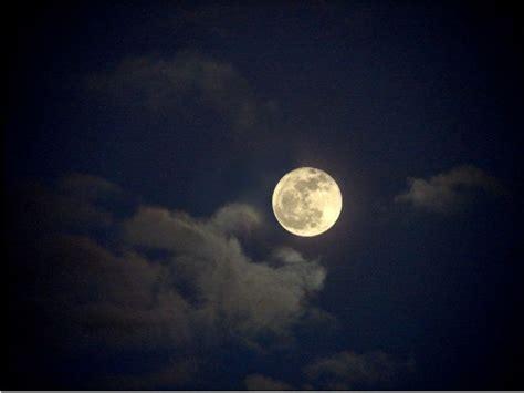 La Lune A été Davantage Percutée Par Les Météorites Que