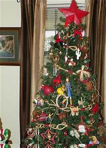 1000+ images about Country Living's Christmas Tree Contest ...