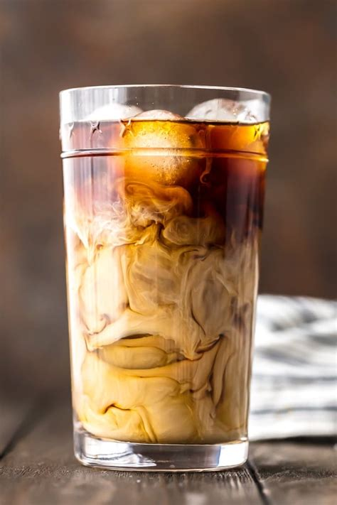 If you love to drink iced coffee, this will change your life! How To Make Iced Coffee at Home - Cold Brew Coffee Recipe {VIDEO}