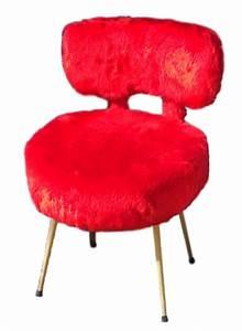 Fausse Fourrure Rouge : fauteuil pelfran en fausse fourrure rouge vif vintage les vieilles choses ~ Teatrodelosmanantiales.com Idées de Décoration