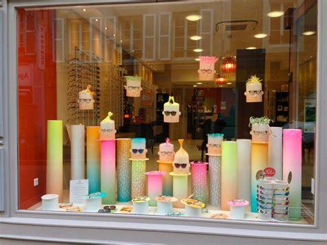 idee de vitrine magasin 1000 id 233 es 224 propos de magasin optique sur vitrine magasin opticien et magasin lunette