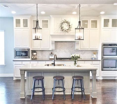 kitchen cabinets   foot ceilings onvacations
