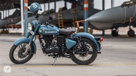 Royal Enfield Bullet 350 4k Wallpapers by Royal Enfield Classic 350 Signals Wallpapers Wallpaper Cave