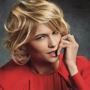 Coupe Sur Cheveux Court : coupe de cheveux mi court pour femme ~ Melissatoandfro.com Idées de Décoration
