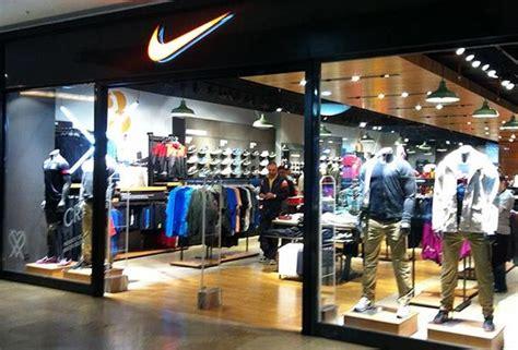 mall of istanbul nike telefon