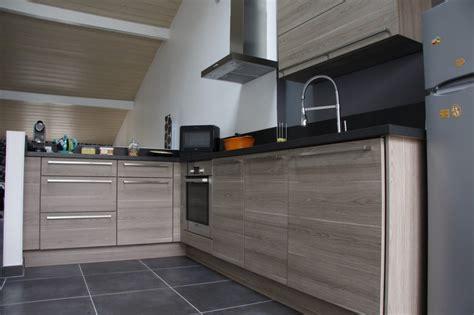 plan de travail cuisine gris clair un un 1er achat et une cuisine toute neuve