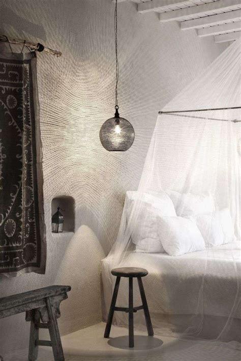 chambre style ethnique lit baldaquin moderne pour chambre d 39 adulte et d 39 enfant