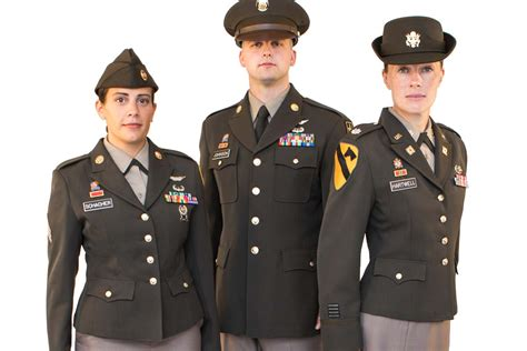 army close  finalizing pinks  greens uniform