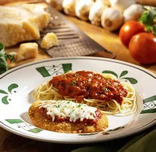 how to make chicken parmesan like olive garden chicken parmesan comfort zone larry convoy credit
