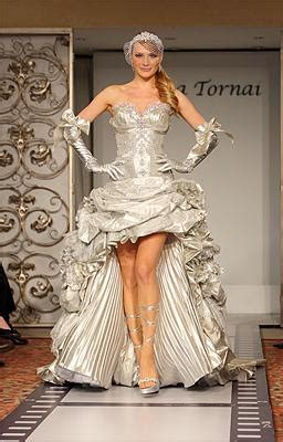 17 Best Images About Pnina Tornai Gowns On Pinterest. Wine Country Wedding Dress Code. Vintage Wedding Dresses Los Angeles California. Tulle Wedding Dresses London. Casual Halter Wedding Dresses. Tea Length Wedding Dresses Under 200. High Street Vintage Style Wedding Dresses. Big Fat Gypsy Wedding Dress Costume. Cheap Wedding Dresses Darwin