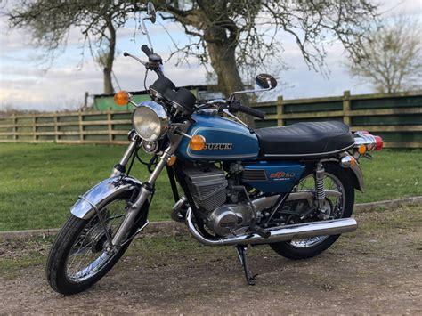 Suzuki Gt250 by 1976 Suzuki Gt250 We Sell Classic Bikes