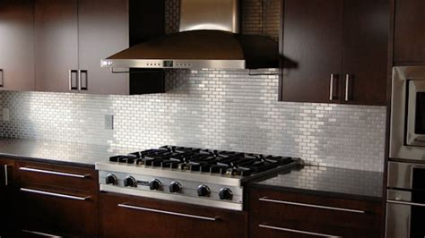 Nice Looking Kitchen Backsplash Ideas with Metal and Wood