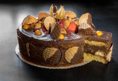 Diese, Solche und Andere Rezepte: Profiteroles Torte ...