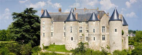 chambres d hotes loire le château de luynes aux portes de la ville de tours