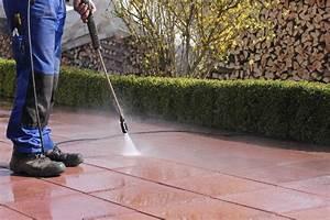 Moos Aus Fugen Entfernen : moos entfernen auf terrasse gehweg oder aus pflasterfugen ~ Lizthompson.info Haus und Dekorationen