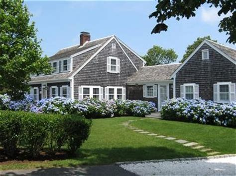 Beautiful Cape Cod House Style by 25 Best Ideas About Shingle Style Homes On