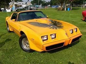 Ecran Video Voiture : fond ecran voitures de collection 60635 wallpaper gratuit ~ Farleysfitness.com Idées de Décoration