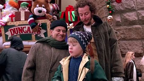 Plaza Hotel Celebrates 'home Alone 2' With Kevin Mcallister Experience Geekcom