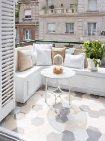 Faire Une Banquette Pour Balcon by 1000 Id 233 Es Sur Le Th 232 Me Petits Balcons Sur Pinterest