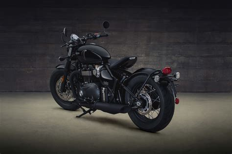 2018 Triumph Bonneville Bobber Black Revealed