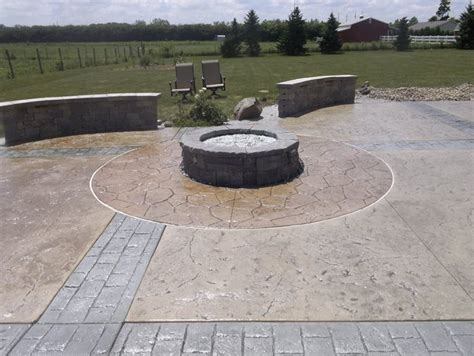 Check spelling or type a new query. Photo Gallery - Outdoor Fire Pits - Plymouth, IN - The Concrete Network