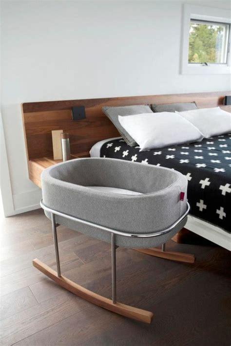 baby im schlafzimmer der eltern ideen 101 babybetten ideen f 252 r jungen und f 252 r m 228 dchen